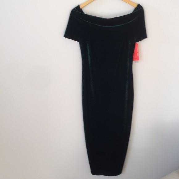 1299dbf374 Dark green velvet Gianni Bini Holiday dress